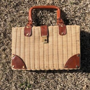 Handbags - Vintage wicker and leather purse